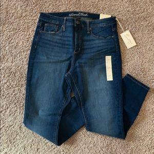 Universal Thread High-Rise Skinny Jeans
